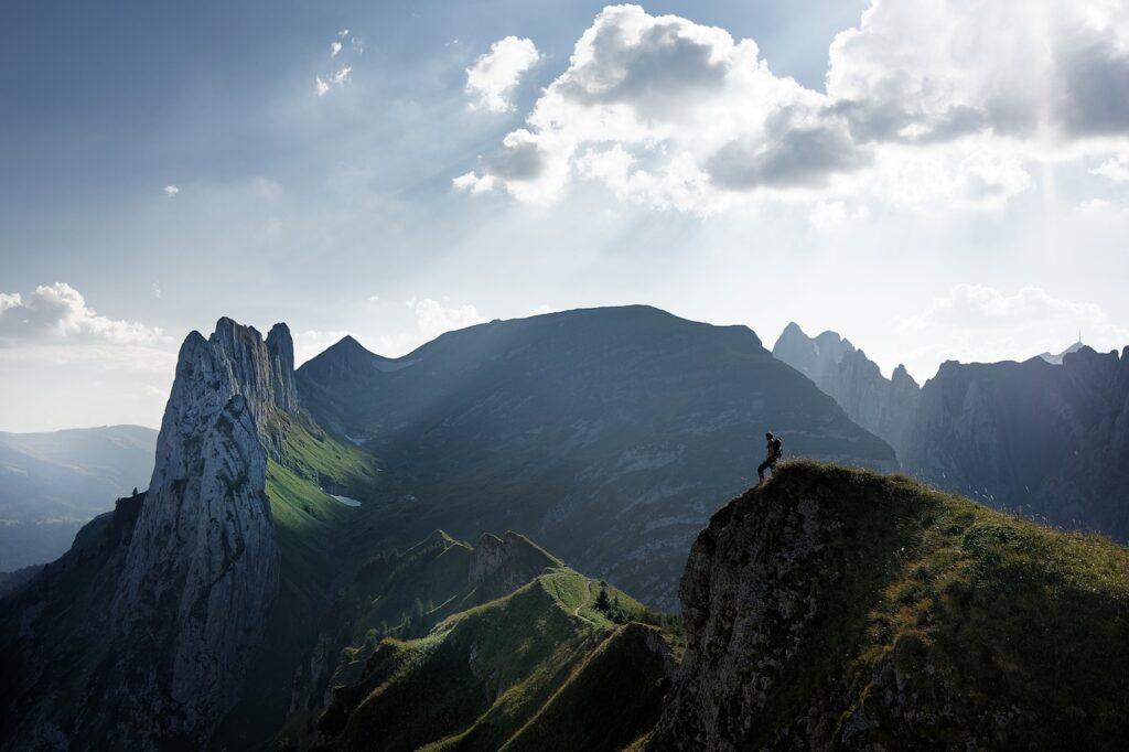 alpine, mountain, hike-4237636.jpg