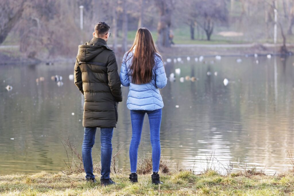 couple, love, outdoors-6471080.jpg